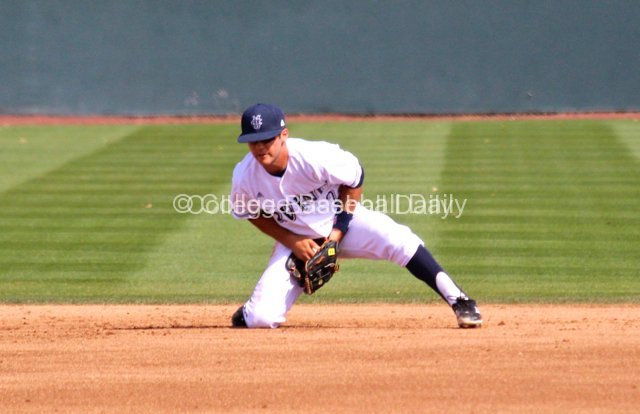 Jeff Stephens smothers a ball at second.