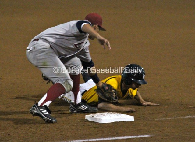 Shon Roe tags out Matt Duffy after he strayed to far.