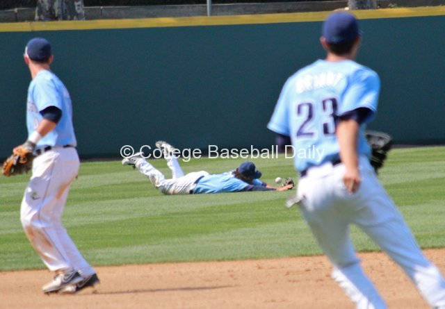 Lucas Hagberg can't make a diving catch.