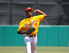 Stephen Tarpley picked up his fifth win with 7 1/3 strong innings.