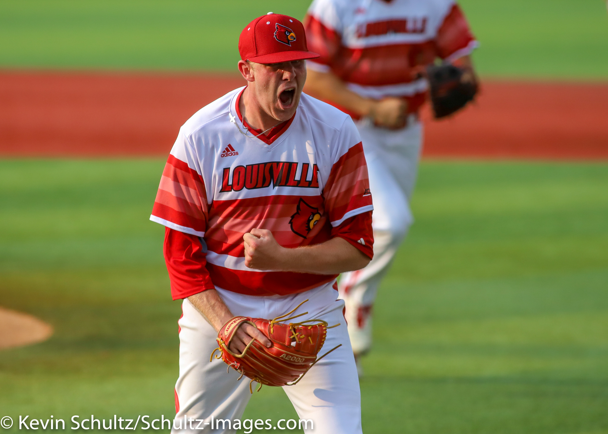 Cbd Photo Gallery Louisville 5 Uic 3 College Baseball Daily